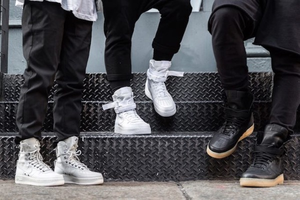 nike-special-field-air-force-1-on-feet-photos-681x454